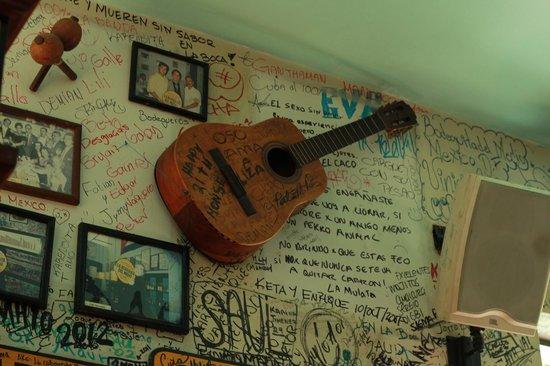 La Bodeguita del Medio : Guitarra