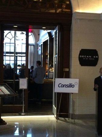 The St. Regis Washington, D.C.: Main bar closed for Corporate Function : (