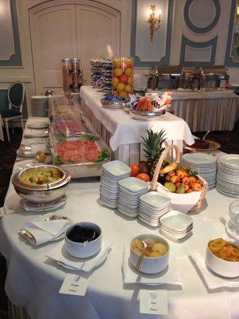 Grand Hotel Miramare : Colazione a buffet