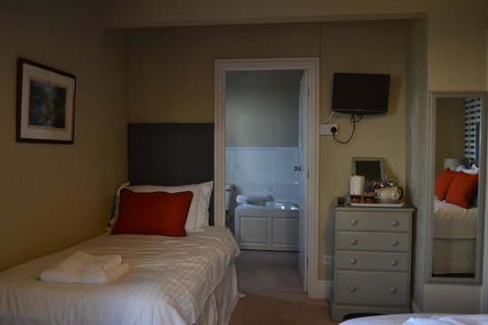 The Inn at Bedruthan: Triple room