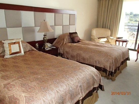 Excelsior Grand Hotel: Comfortable beds