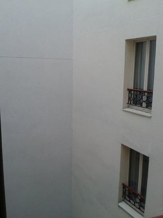 Hotel Park Lane Paris: view from window