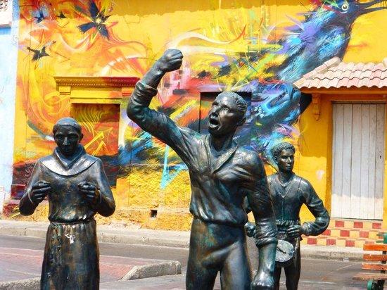 Iglesia de la Trinidad : Plaza de la Trinidad, Cartagena