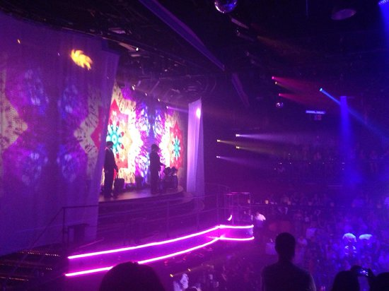 Coco Bongo Cancun: Stage from the second floor VIP