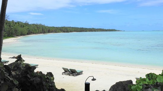 Pacific Resort Aitutaki: our stretch of beach