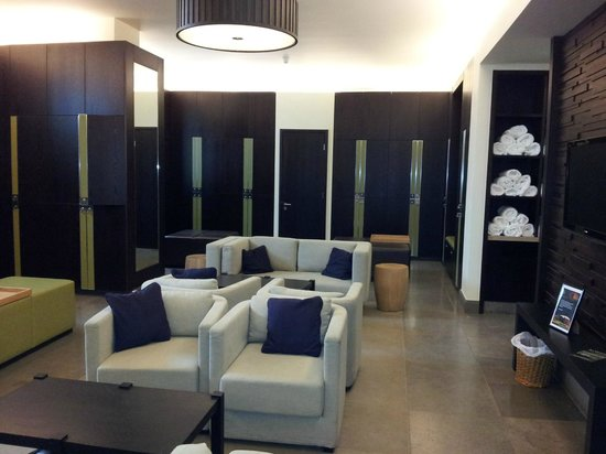 Killeen Castle : Men's Changing Facilities
