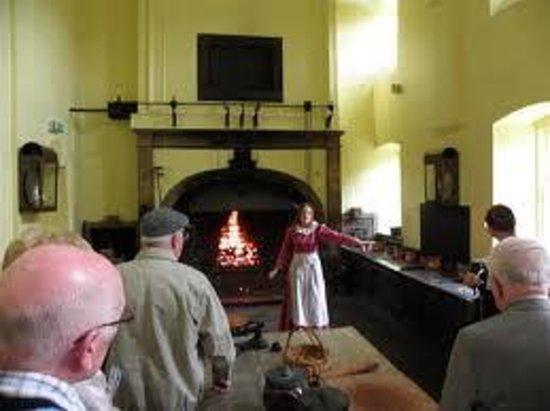 Callendar House: georgian kitchen