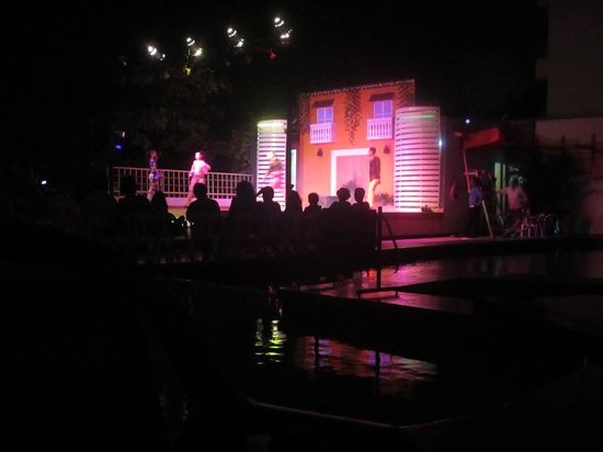 Decameron Cartagena: Recreación nocturna