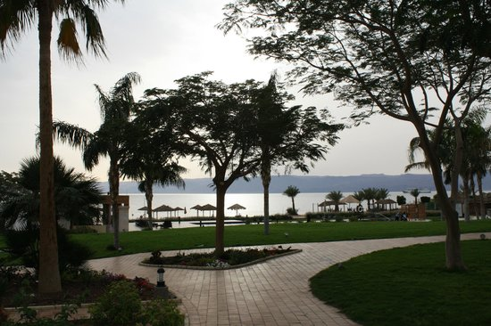 Radisson Blu Tala Bay Resort, Aqaba : Hotel grounds