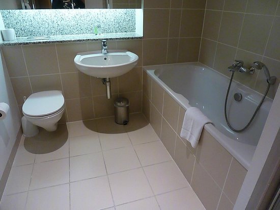 Your Home from Home - Spencer Dock: Bathroom