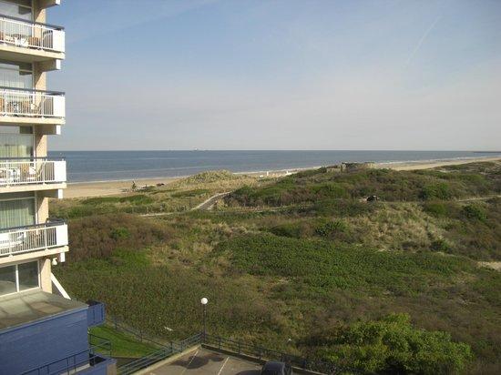 NH Atlantic Den Haag: View from room overlooking dunes