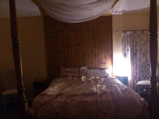 Brimham Rocks Cottages: Bedroom