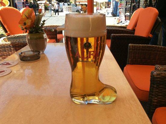 Sintrivani Restaurant: The Awsome Beer Boot