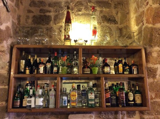 Sintrivani Restaurant: Selection Of Wine Etc