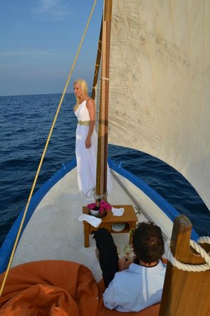 Constance Moofushi: Sailing on a beautiful Dhoni into the sunset