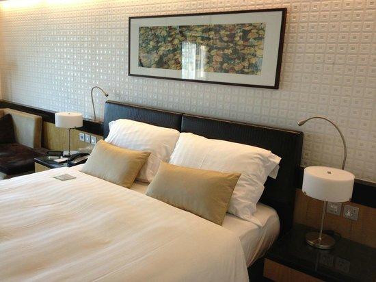 Royal Park Hotel: Bett