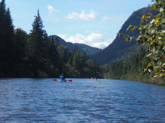 Horizon Evasion: kayak de rivière