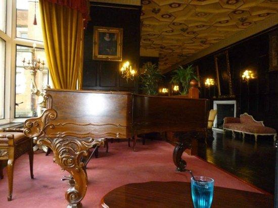 Hoar Cross Hall Spa Hotel: Grand hall