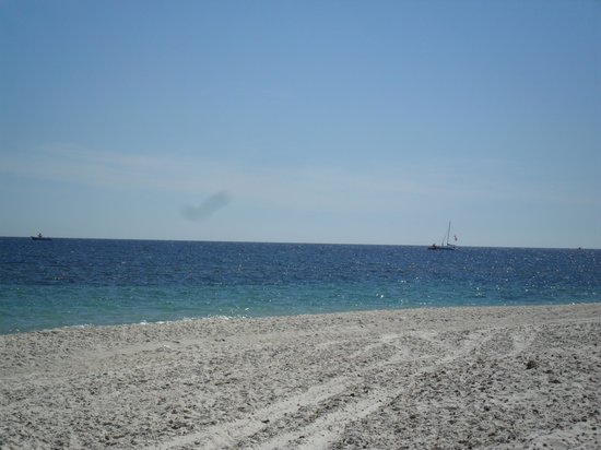 Soviva Resort : beach