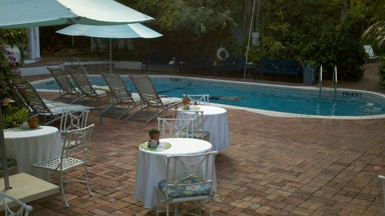 The Gardens Hotel : Pool