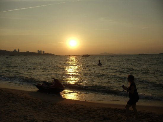 Best Beach Villa: Sunset - Pattaya