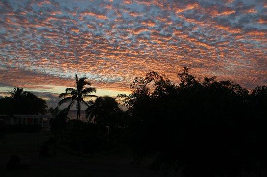Le Meridien Ile Maurice : Beautiful evening clouds