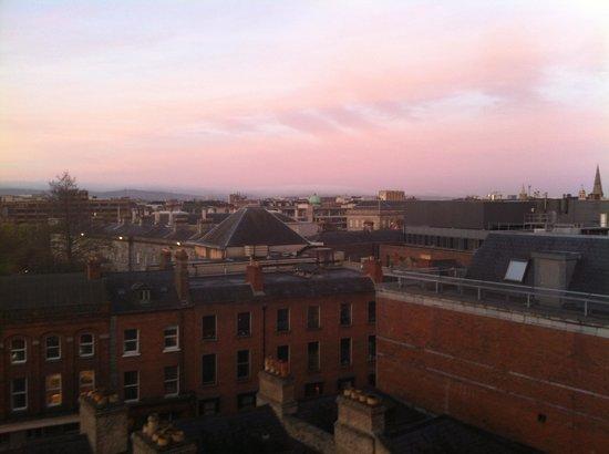 Trinity City Hotel: View of Dublin Early Morning.