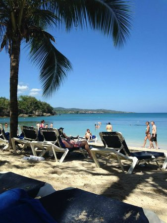Grand Palladium Lady Hamilton Resort & Spa: Sunset Cove