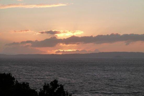 Hotel Antumalal: Sonnenuntergang über dem Villarica-See