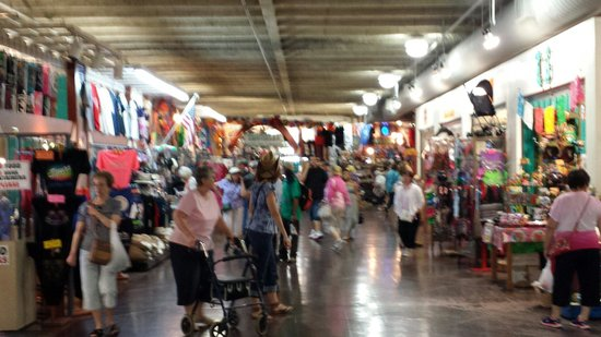 Alamo Sightseeing Tours: Inside the Mercado