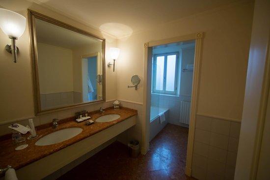 Sheraton Diana Majestic Hotel : Ванная