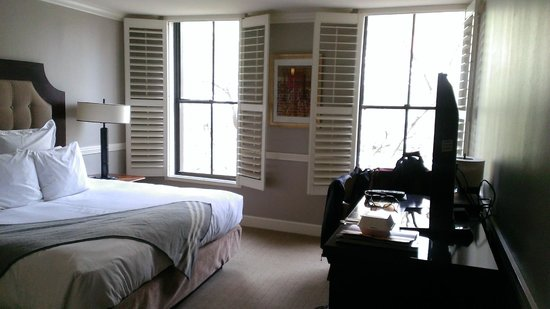 The Oliver Hotel: Room 1