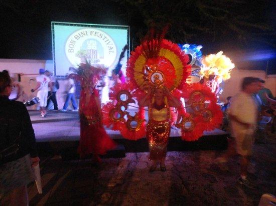 Bon Bini Festival: Carnival Performance