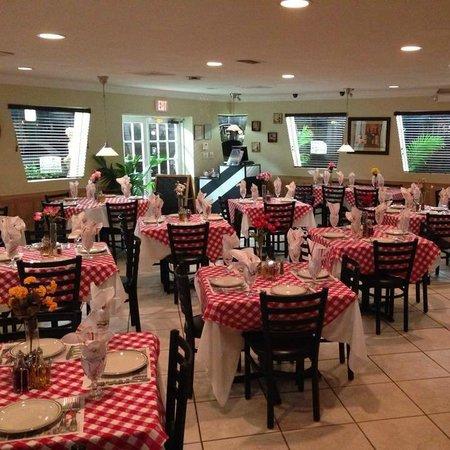 Small Family Owned Italian Restaurant Review Of Giovanni Pompano Beach Fl Tripadvisor