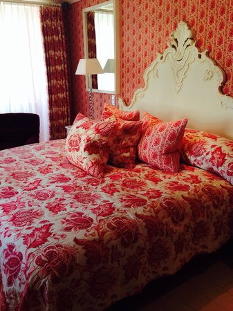 Hotel d'Angleterre: Most beautiful, comfortable, elegant hotel I've ever stayed in! Worth every last penny and the s