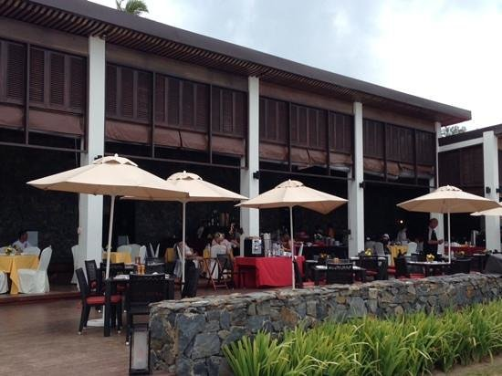 Meritus Pelangi Beach Resort & Spa, Langkawi: Strandbar