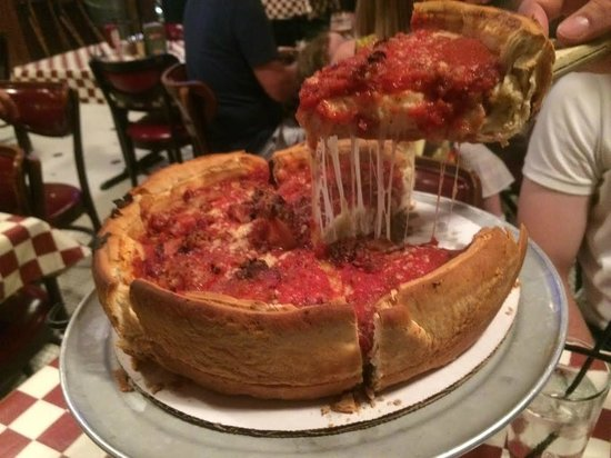 Giordano's : Pizza de bacon e muuuito queijo
