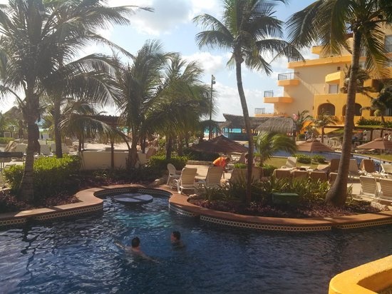 Fiesta Americana Condesa Cancun All Inclusive : pool view