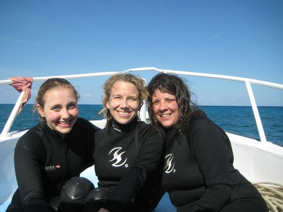 Diversity Diving : look how happy after the dives