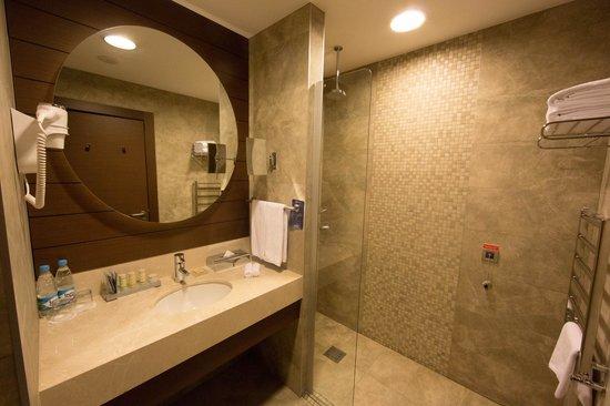 Radisson Blu Resort & Congress Centre: Ванная