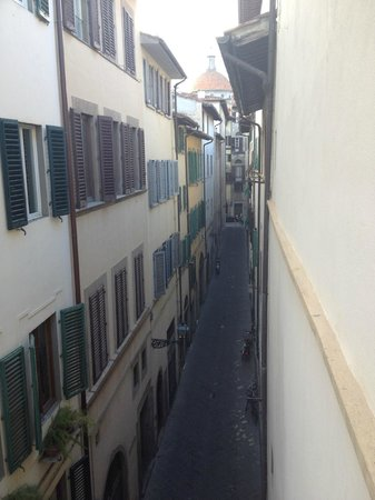 Residence Palazzo Belfiore: View from bedroom in direction to Santo Spirito