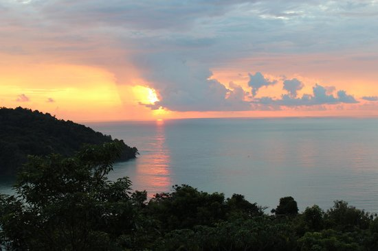 Tulemar Bungalows & Villas: Sunsets are amazing!