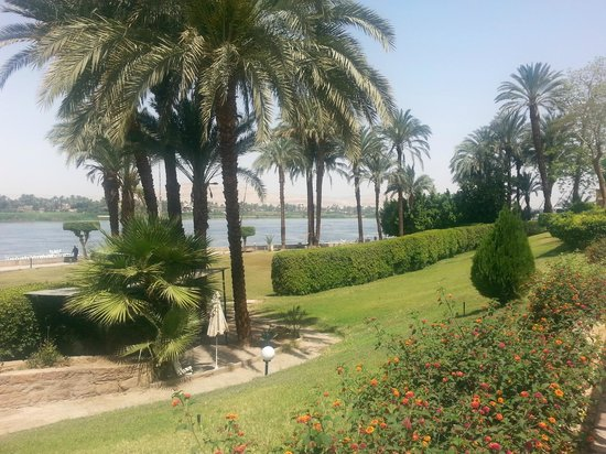 ACHTI Resort Luxor: View down river from the terrace
