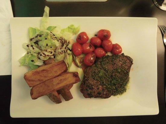 Le Kube Restaurant: pavé de boeuf