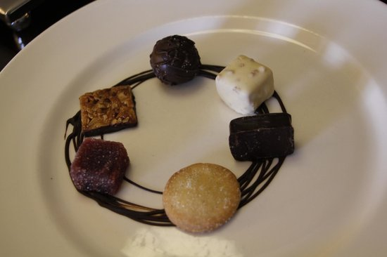 Fairmont St Andrews: Complimentary Chocolates