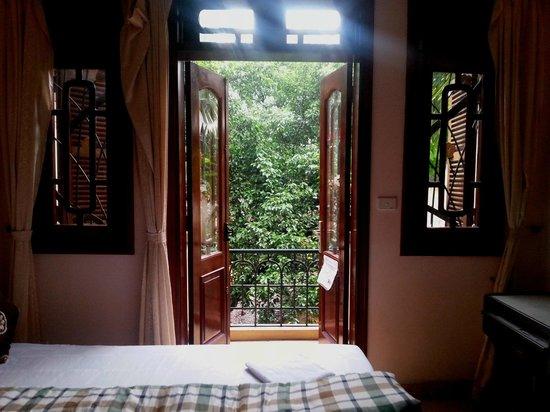 Tung Trang Hotel: Room