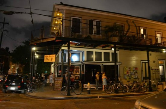 Royal Street Inn and R Bar: R Bar / Royal Street Inn