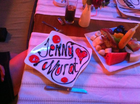 Belcehan Beach Deluxe Cafe Bistro: plate decoration