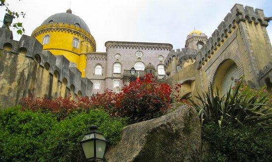 Inside Lisbon Tours : Palacio Pena in Sintra