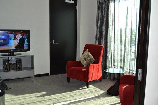SKYCITY Hotel : Living room!